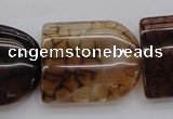 CAG4092 15.5 inches 25*30mm peltate dragon veins agate beads
